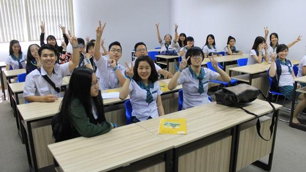 Teen 2k2 phát biểu trong giờ học